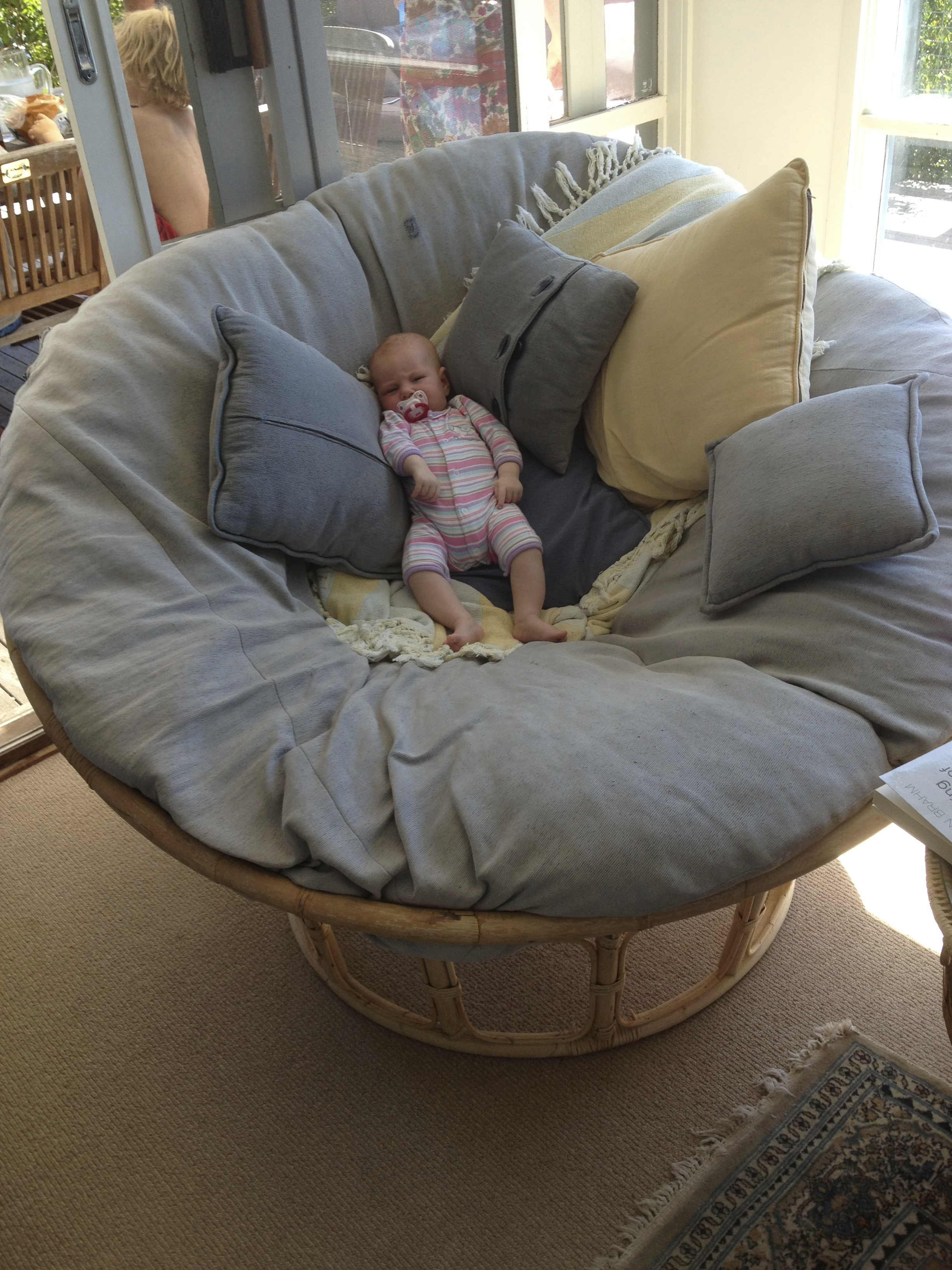 papasan swing chair img